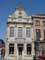 Corner house example The Oak Tree