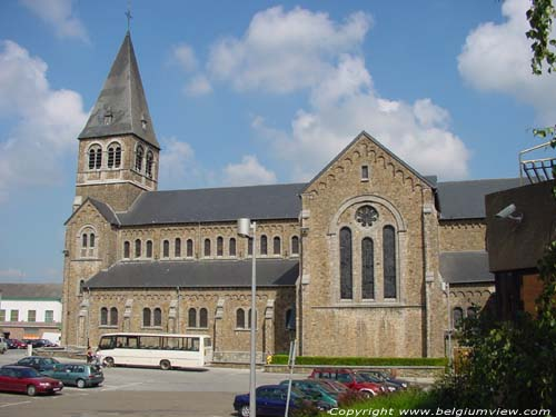 Saint-Victor's church (in Auvelais) SAMBREVILLE picture