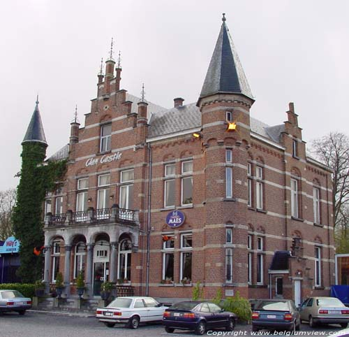 Clan Castle, 't Kasteeltje WILLEBROEK photo