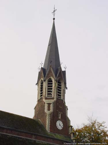 Church (in Beauchevin) GREZ-DOICEAU picture