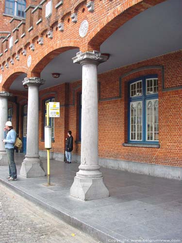 Railway station AALST picture