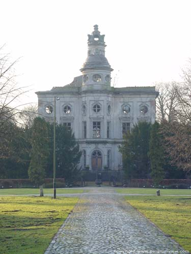 Castle ter Saksen BEVEREN picture