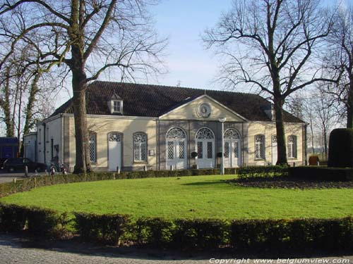 Koetshuis Cortewalle BEVEREN photo