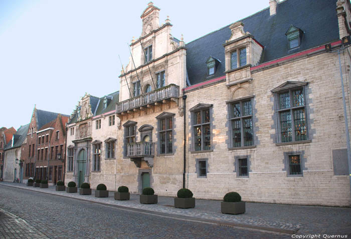 Ancien Palais de Margaretha d'Autriche MECHELEN / MALINES photo