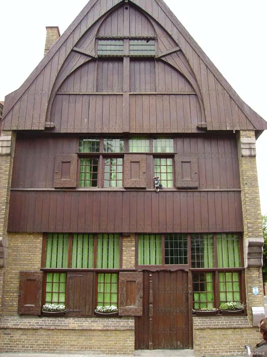 Old wooden house IEPER picture
