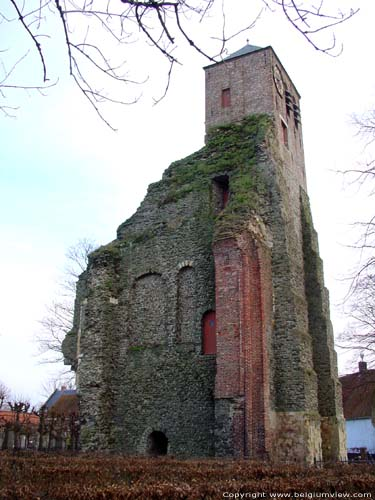Old Saint-Leonard and Saint Peter's church (in Dudzele) ZEEBRUGGE / BRUGGE picture