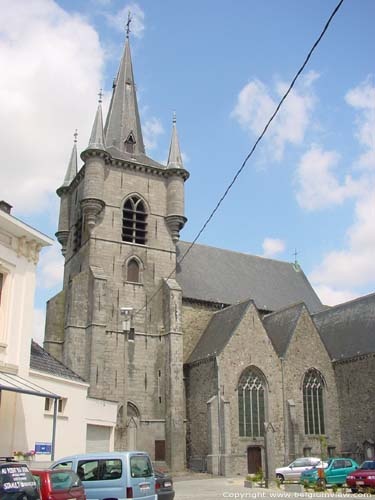 Saint-Martin's church CHIEVRES picture e