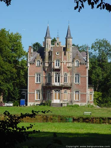 Ch�teau Rouge de Linden (Beau S�jour) LUBBEEK photo