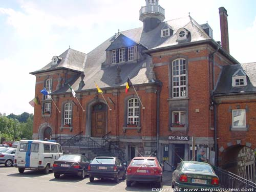 Town Hall LOBBES picture