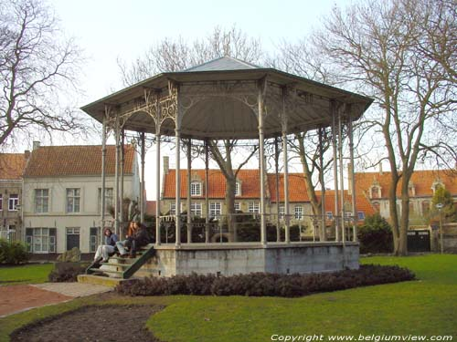 Kiosque VEURNE / FURNES photo