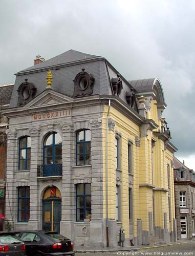 Town Hall CHIMAY picture