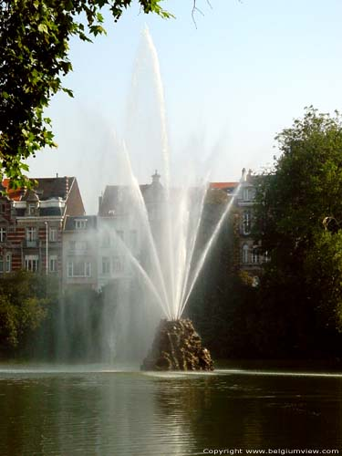 Fountain close to Marie Louise BRUSSELS-CITY / BRUSSELS picture
