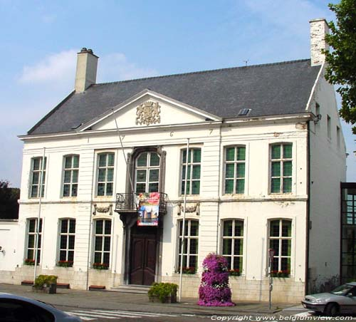 Maison Communale LAARNE photo