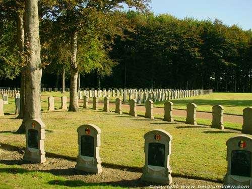 Belgian military graveyard HOUTHULST picture