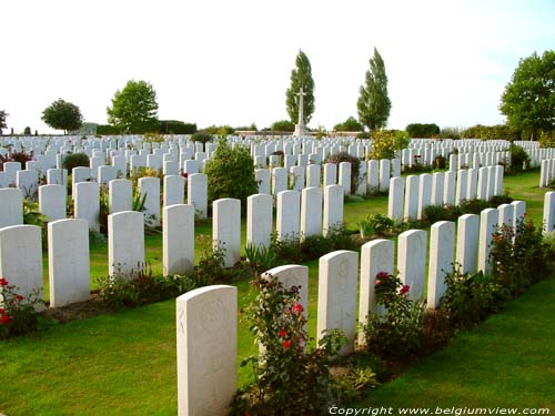 New Irish Farm Cemetery IEPER picture