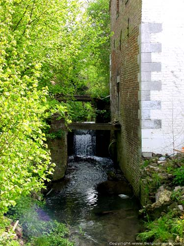 Ancien Moulin a Eau WALSHOUTEM / LANDEN photo