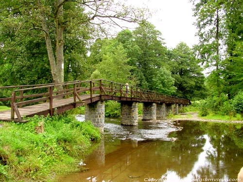 Bridge over the Lesse in Resteigne TELLIN picture