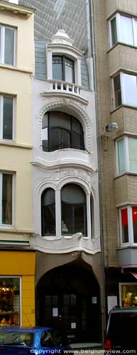 Tiny Art Nouveau House OOSTENDE picture