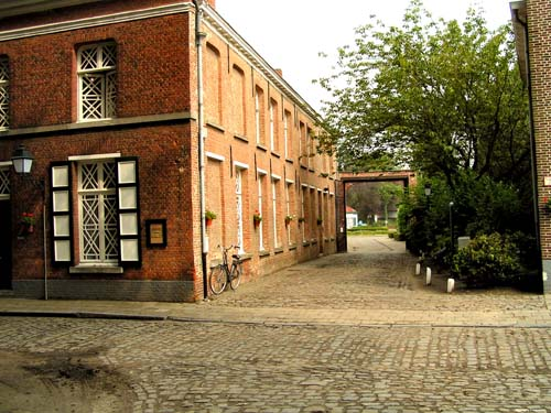 Beguinage TURNHOUT photo Photo par Ludo Provinciael (merci!)
