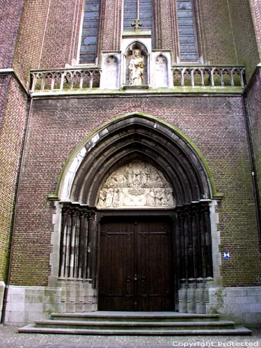 Sint-Vincientiuskerk EEKLO picture Picture by Jean-Pierre Pottelancie (thanks!)