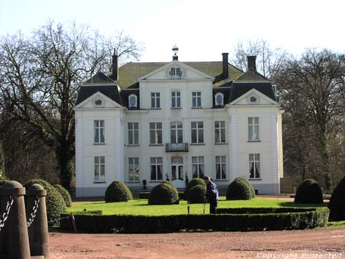 Chateau Ten Bos (te Wippelgem) EVERGEM photo Photo par Jean-Pierre Pottelancie (merci!)