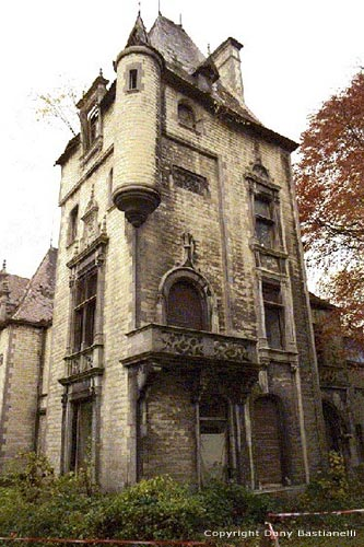 Old Mostee castle HUY picture