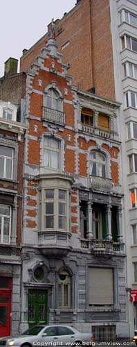 House with Bird from 1880 LIEGE 1 / LIEGE picture