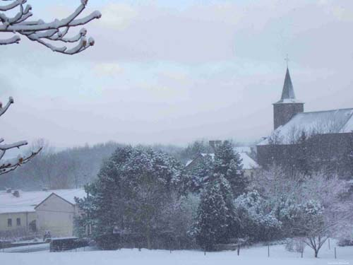 Snow with Saint Gertrudis' church (in Hevillers) MONT-SAINT-GUIBERT picture