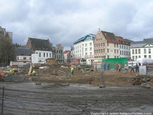 Works on Emiel Braun Square GHENT picture