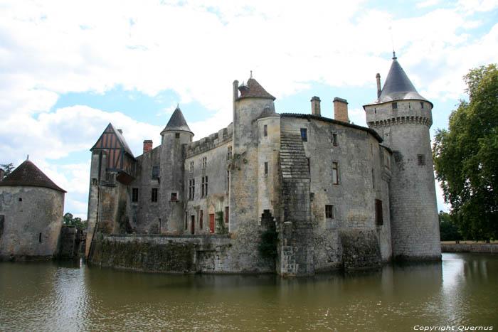 kasteel frankrijk nederlandse eigenaar