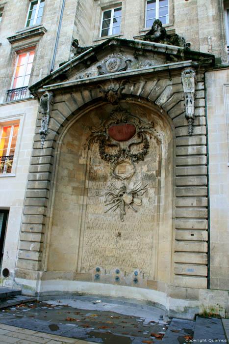 Fontaine Saint Projet Bordeaux / FRANCE